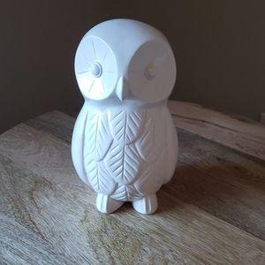 White owl figure